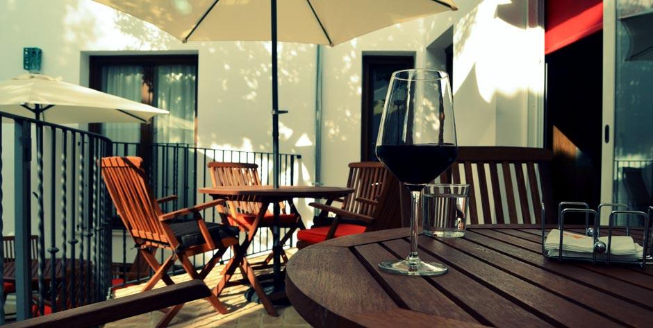 patio-vino-inicio
